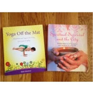 Katie Manitsas's books