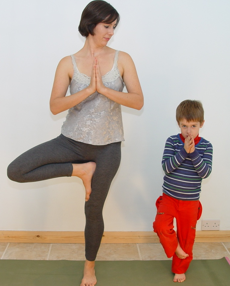 Tree Pose with your child - on Kids Yoga Stories