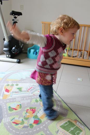 Girl swinging while practicing yoga | The European Mama