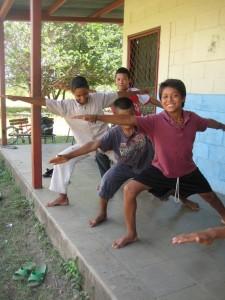 nicaragua kids yoga warrior 2 pose