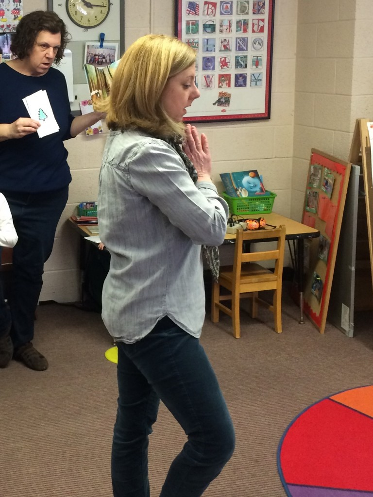 Practicing yoga poses: Yoga and Speech Therapy