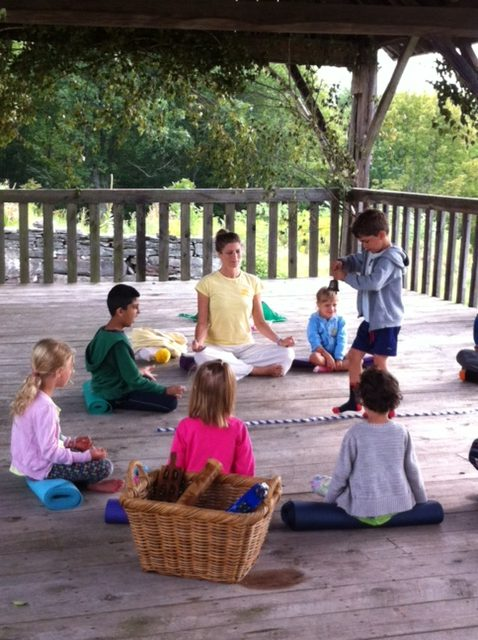Behavior management in the yoga classroom: create healthy transitions | Kids Yoga Stories
