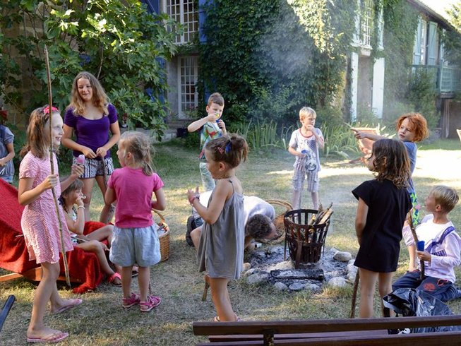 Family yoga retreat in France